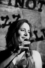Nina Ferro | Singing Lessons And Vocal Coaching London teacher
