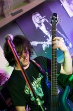 Tom Parkinson | Guitar & Bass tutor