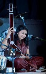 Amruta Garud | Indian Vocal Tabla & Harmonium consultant