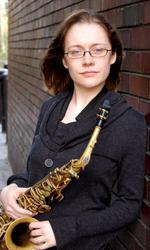 Ellie Steemson | Saxophone Flute & Clarinet tutor