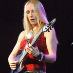 Hannah Fieldhouse | Guitar and Bass teacher