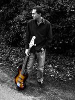 Kim Griffin | Electric Bass Guitar tutor