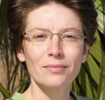 Liana Voia, PhD | NLP & Hypnosis trainer