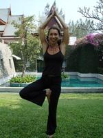 SARAH ASTBURY | Yoga & Activity Holidays teacher