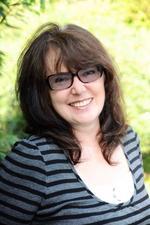 Pauline Slane | Arts & Crafts including sewing tutor