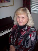 PAULINE CARTER | Piano and Theory of Music teacher