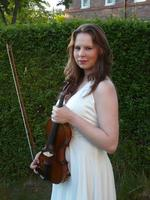 Carrie Underwood   Violin - music teacher teacher