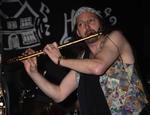 pete Cheetham | Saxophones guitars and flute tutor