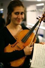 Ellie Bogdanova | Violin and Viola teacher