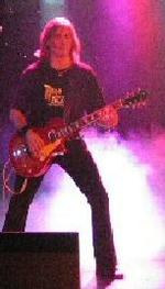 Chris Connelly   guitar tutor