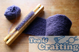 Beginners Knitting - Loom Knitting - Knit a Scarf in one afternoon