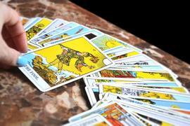 Tarot Card Reading Course, learn Tarot Classes in Delhi, Jaipu